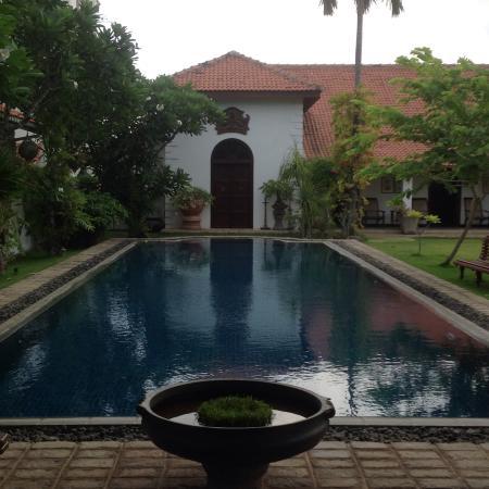 Bethany 101 : The wonderful pool area