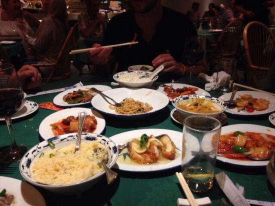 La Orient Restaurant: photo0.jpg