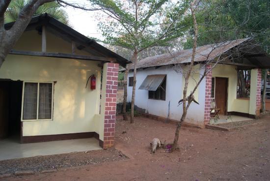 Sitalike Village, Tanzania: Bungalow rooms