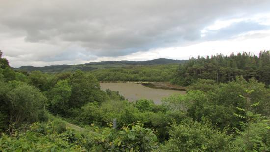 Milford, أيرلندا: Looking up Bunlin Bay