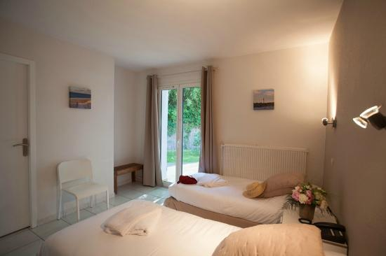 Chambre simple / double - Picture of Hotel La Ferme D\'en Chon ...