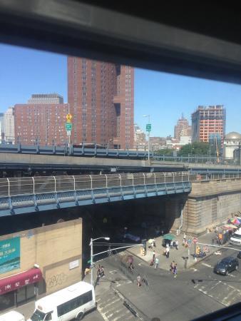 Mayor Hotel: Вид из окна отеля