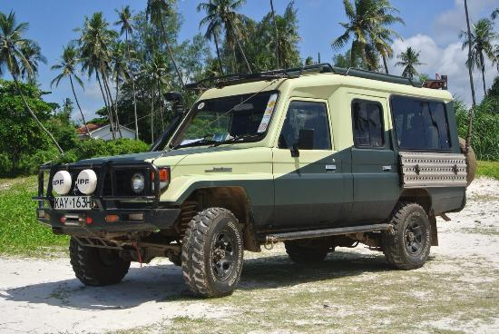 Vumbi Jeep Safaris: photo2.jpg