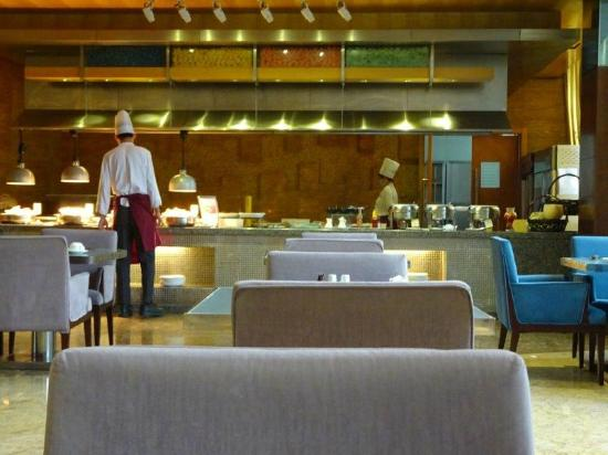 Wyndham Hotel Qingdao: レストラン