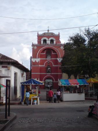 Templo del Carmen: Arch of Carmen