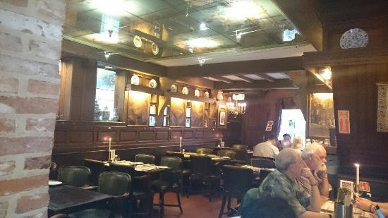 gemütliches Interieur - Picture of Restaurant Haesje Claes ...
