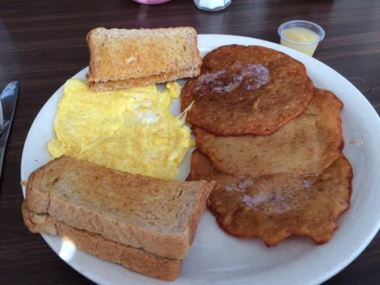 Cliff's Boathouse Cafe: Breakfast