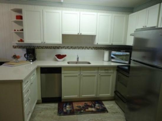 Marketplace Lodge: kitchen