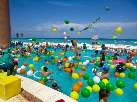 Beach Palace Foam Party At The Pool