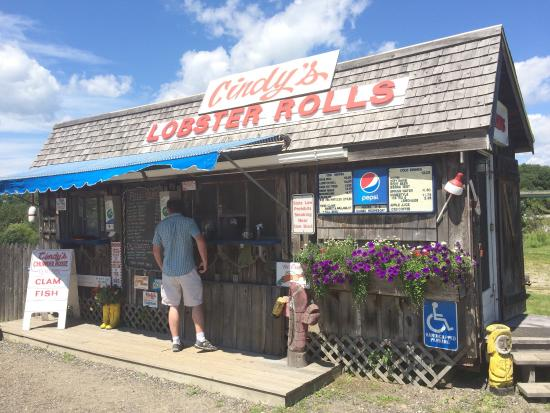Cindy's Fish 'N Chips: Exterior
