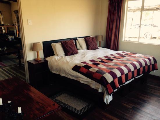 Shiriba Lodge : One of the bedrooms