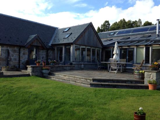 Docharn Lodge Guest House: Just spend two wonderful days at Docharn lodge. Neil and Catriona were most welcoming. The accom