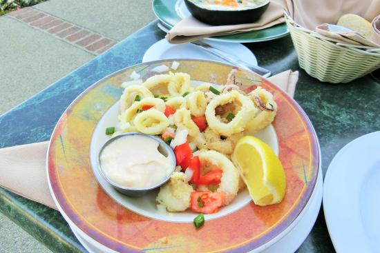 Beefeaters Chop House and Grill: Calamari