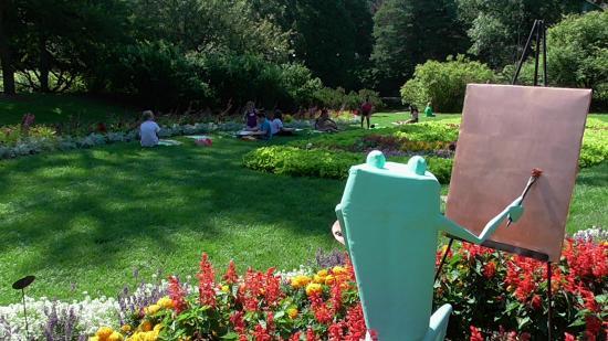Ribbit Exhibit - Picture of Dow Gardens, Midland - TripAdvisor
