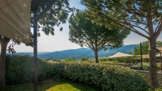 Gargas, Frankreich: vue du jardin de la chambre 205