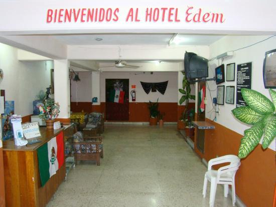 Hotel Posada Edem: Vista del lobby del hotel.