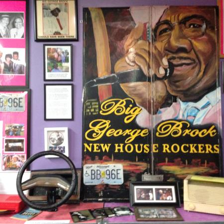 ‪The Rock & Blues Museum‬