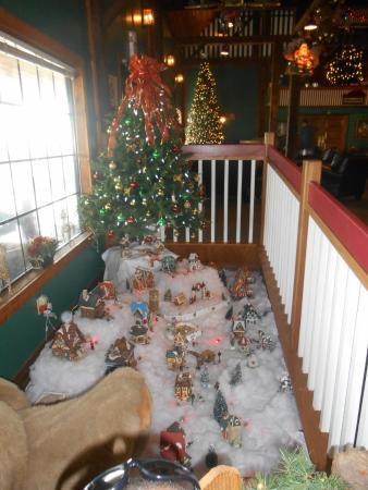 Santa's Lodge: lodge