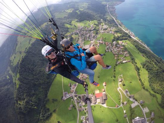 SkyGlide Paragliding Lake Lucerne : HAMMER,professionelle Begleitung,MEGA,FREIHEIT