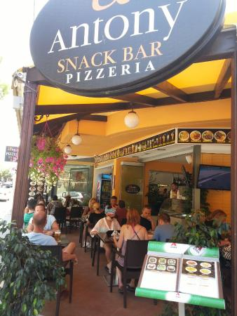photo de antony restaurant pizzeria snack bar rhodes tripadvisor. Black Bedroom Furniture Sets. Home Design Ideas