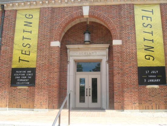 Ackland Art Museum : entrance