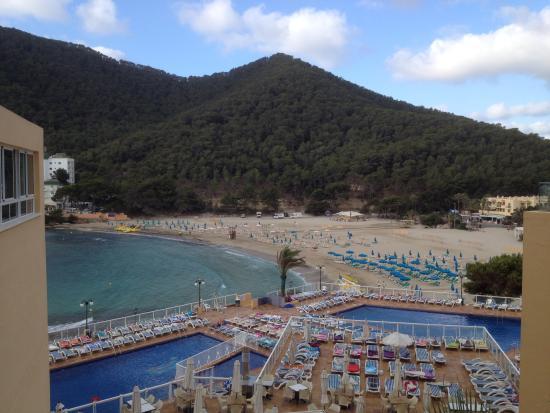 Sirenis Cala Llonga Resort: Pools
