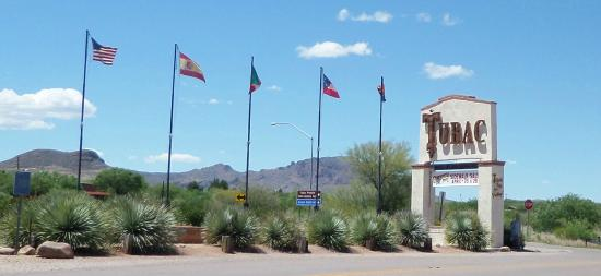 Tubac, AZ: entry to town