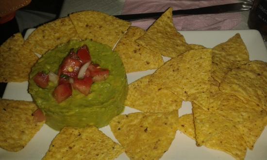 Cantina Mexicana Tacos : guacamole