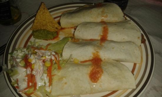 Cantina Mexicana Tacos : burritos