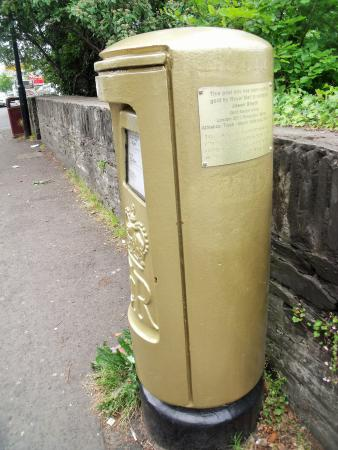 "The Green Cat Bakery: A ""gold"" post box (Paralympic sprinter Jason Smyth)"