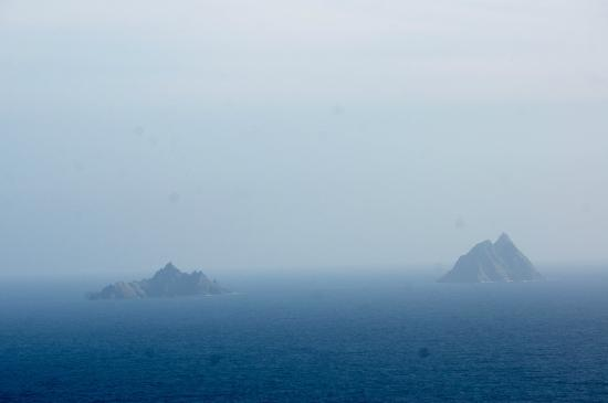 Portmagee Heights: view of skelligs from valentia