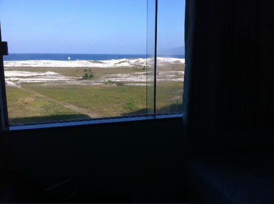 Hotel Balneário Cabo Frio: Vista do quarto da janela