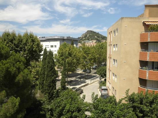 B&B Hyères : vue  sur Hyères à partir du troisième étage