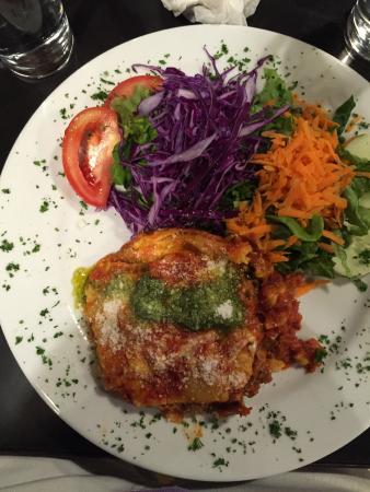Cafe Cabure : homemade lasagna