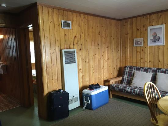 Ute Trail Motel: Another view of the living suite