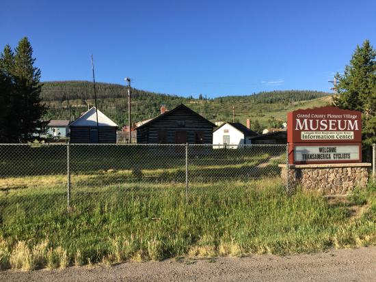 Ute Trail Motel: Museum directly behind motel