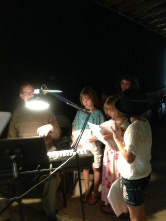 Hazelhurst, วิสคอนซิน: Kid's Theater Camp