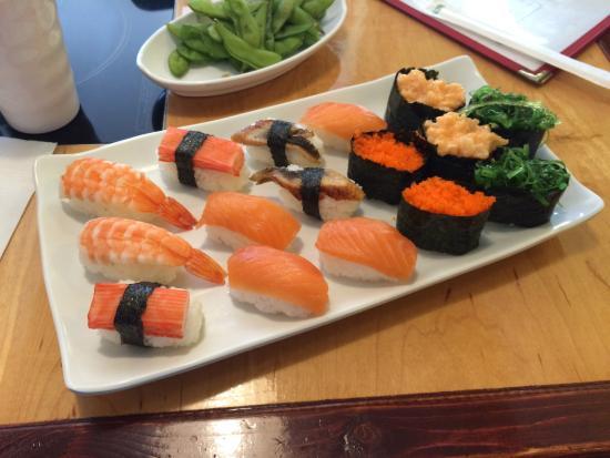 Sake Japanese & Korean Cuisine : Sushi tasted no bad