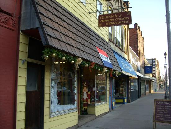 Ashland, WI: the outside of Gabriele's German cookies & chocolates