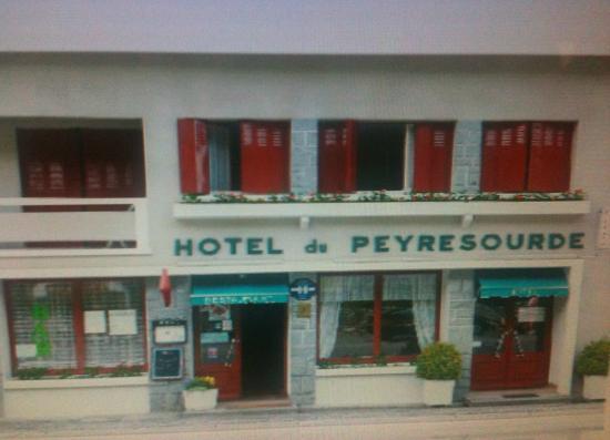 Borderes-Louron, Francia: hotel du peyresourde