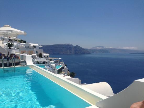 Kima Villa: Pool area and view