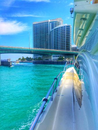 Miami Private Yacht Charters Als Bal Harbour Sand Bar