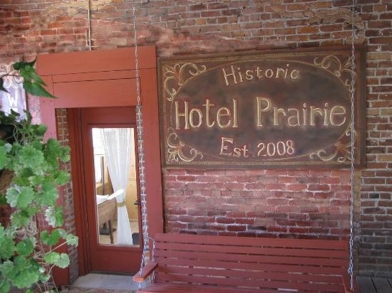 Prairie City, ออริกอน: Kitchen entrance to Hotel Prairie