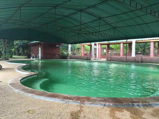 Excellent night at Chiangsan. Very clean and Nice. Free bicycle loan and swimming pool available