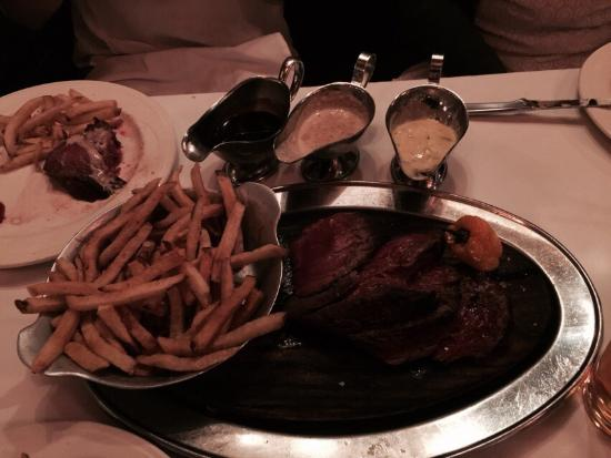 Keens Steakhouse: Hervorragend! Super Bedienung!