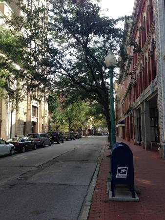 Capitol Street 사진
