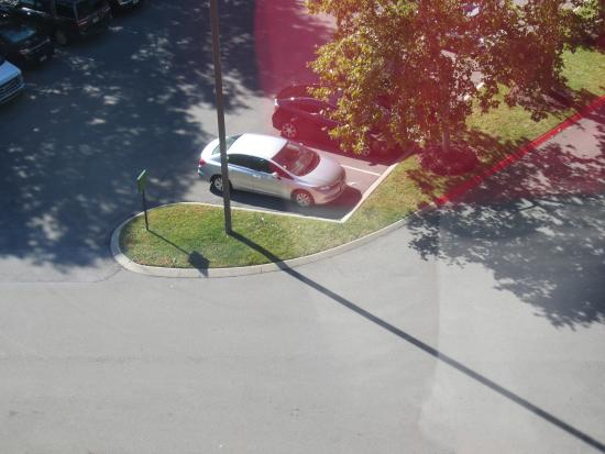 Four Points by Sheraton Nashville-Brentwood : could see our car from room...