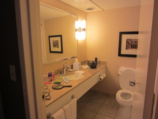 Four Points by Sheraton Nashville-Brentwood : bathroom