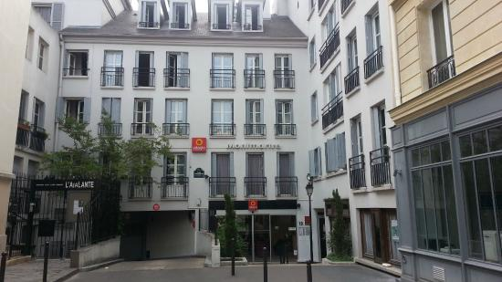 Adagio Paris Montmartre: Frente Do Apart Hotel
