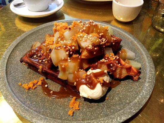 Buttermilk waffles with spiced apple, brown butter crumb and vanilla ...